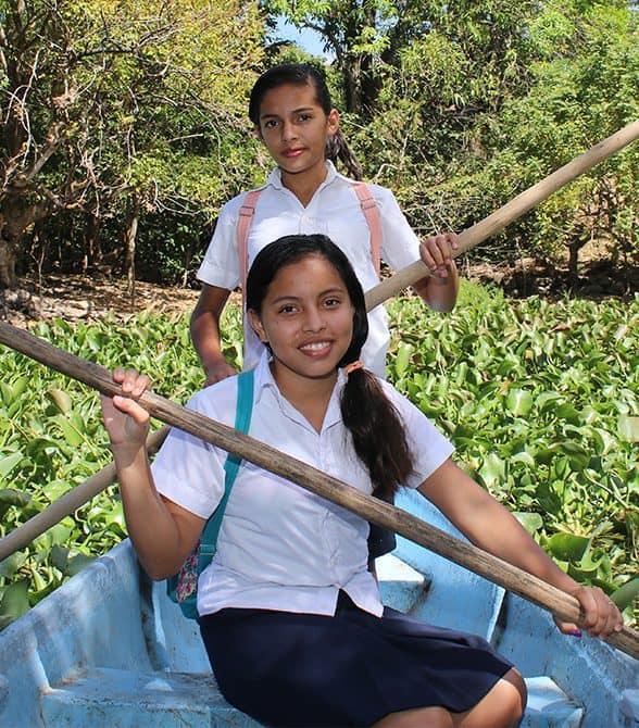 Sponsor Girls in El Salvador