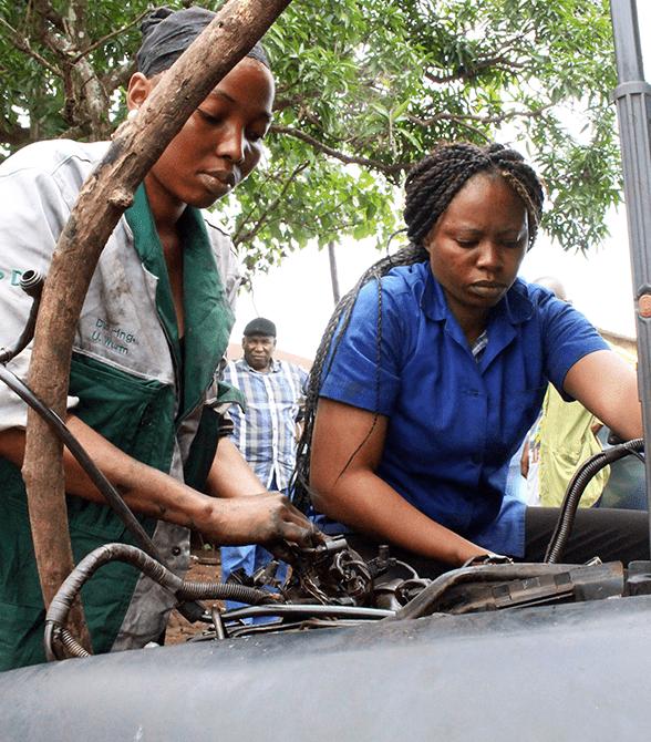 Girls In Mechanics Program In Guinea